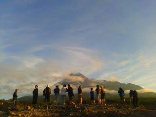 sunrise merapi lava tour