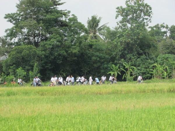 indofood cycling tours di Candi Prambanan