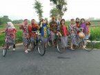 Paket Outbound Gathering Di Jogja dengan pakaian tradisional