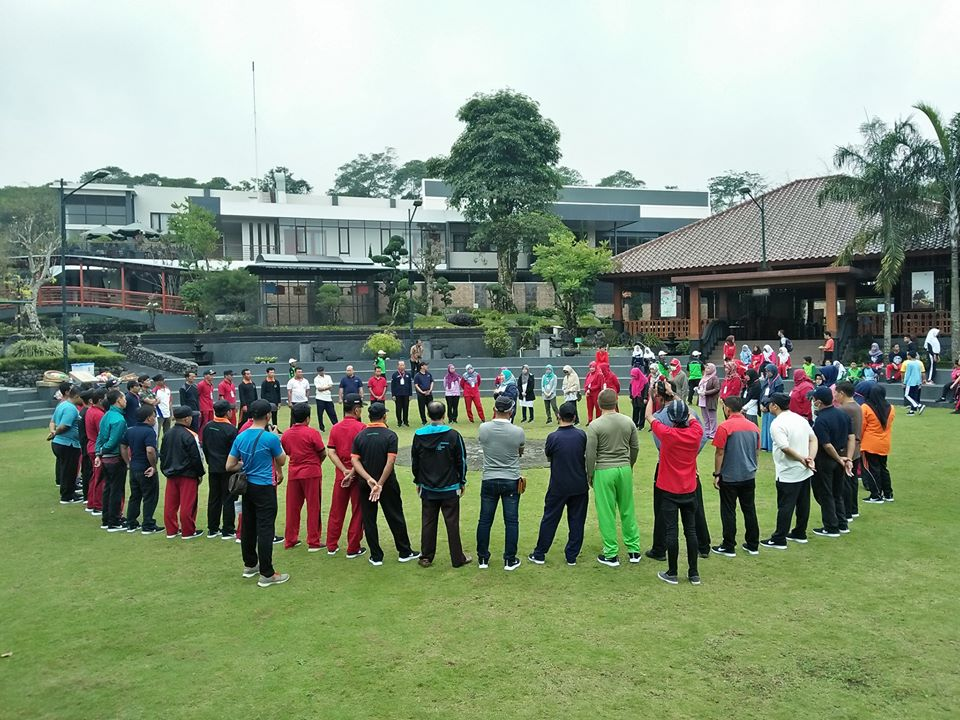 Outbound team building di Merapi park kaliurang