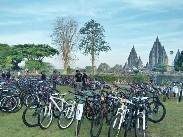 Hotel Penyedia jasa Sewa sepeda dan paket Cycling Tour di Jogja